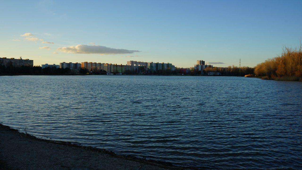 Dvojizbové štúdiá na predaj priamo na brehu jazera Draždiak v bratislavskej Petržalke